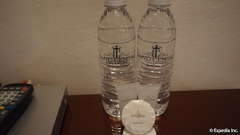 Grand Central Hotel Clark In-Room Amenity