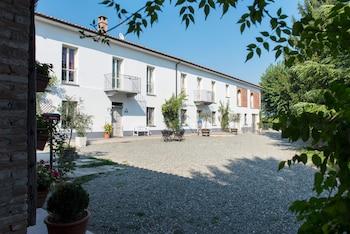Photo for Agriturismo Albarossa in Nizza Monferrato