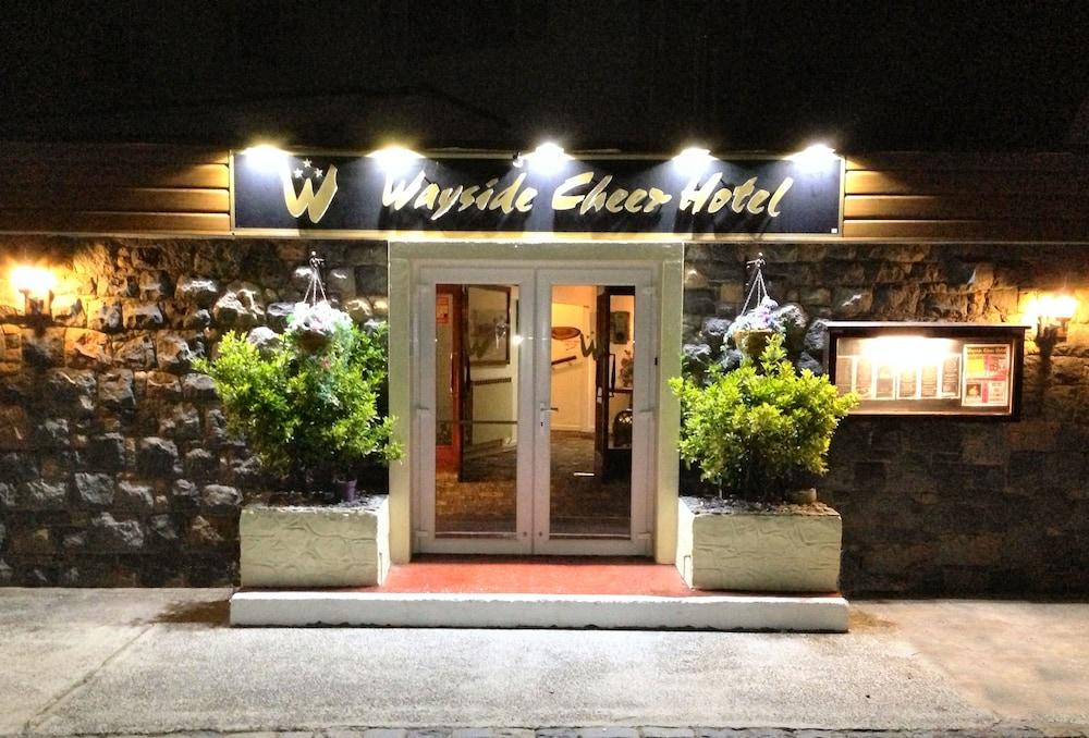 Wayside Cheer Hotel