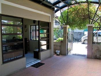 Casa Luciana Guest House Cagayan Hotel Entrance