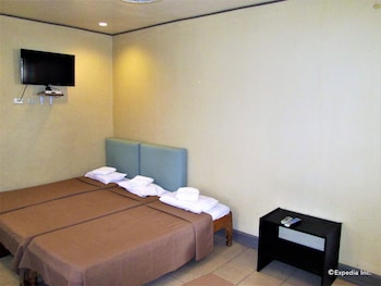 Casa Luciana Guest House Cagayan Guestroom