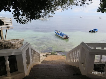 Kalipayan Beach Resort Bohol Beach