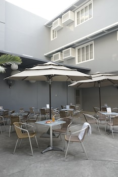 The Contemporary Hotel Quezon City Outdoor Dining