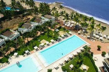 Unlimited Luxury Villas - Icon Vallarta Condo