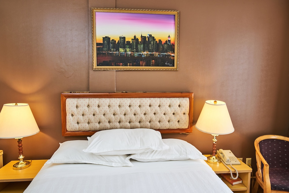 Flushing Hotel New York Price Address Reviews