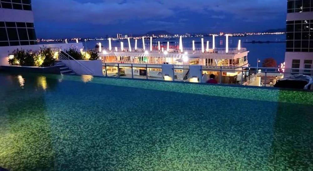 Maritime Luxury Suites