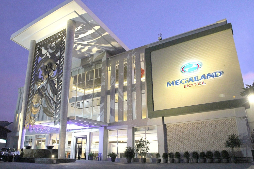 Megaland Hotel