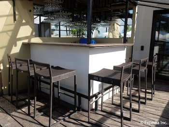 Watercolors Boracay Dive Resort Hotel Bar