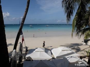 Watercolors Boracay Dive Resort Beach