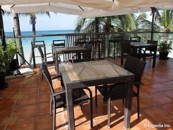 Watercolors Boracay Dive Resort Outdoor Dining