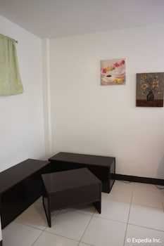 Sunwood Sung Resort Boracay Living Room