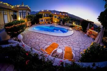 Apartamentos Villa Rosalva