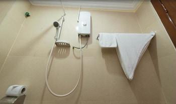 MotherHome Inn Hotel - Bathroom  - #0