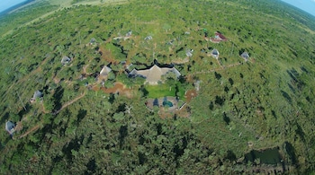 Photo for Wildtrack Safaris Eco Lodge in Pandamatenga