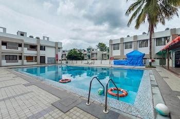 Lords Resorts Silvassa - Outdoor Pool  - #0