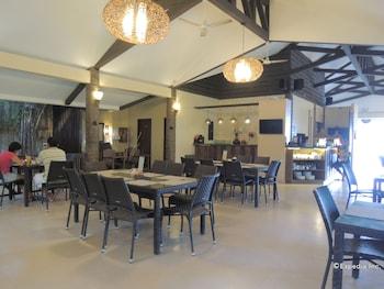 Elsalvador Beach Resort Cebu Restaurant