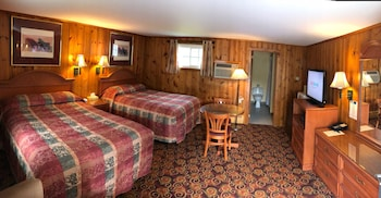 Lantern House Motel in Great Barrington, Massachusetts