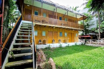 Dormitels Boracay Exterior