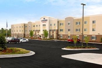 Candlewood Suites Kenedy in Kenedy, Texas