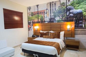 多拉多拉 70 飯店