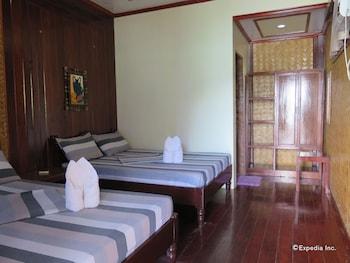 Rosanna's Pension EL Nido Guestroom