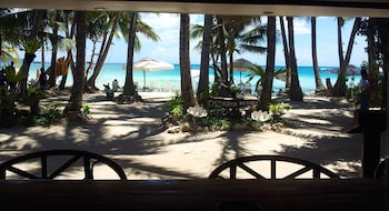 Deparis Beach Resort Boracay Beach