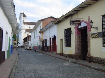 Hostal Restaurante Guaracu