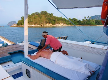 Palawan Secret Cruise Floating Hotel Massage