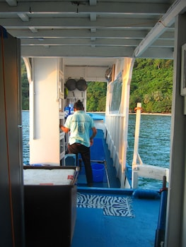 Palawan Secret Cruise Floating Hotel Hotel Interior