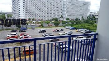 Iecasa Sea Residences Manila Parking