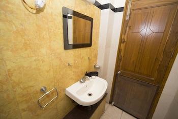 Coral Residency CL 36 Sector 2 - Bathroom  - #0