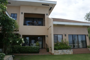 Voda Krasna Beach Resort Cebu Hotel Front