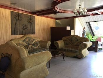 Bohol Tropics Resort Lobby Sitting Area