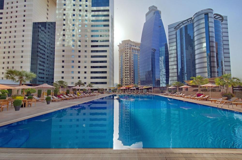 Ezdan Hotel Residence