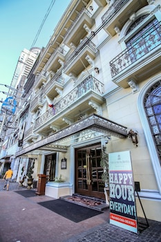 Luneta Hotel Manila Porch
