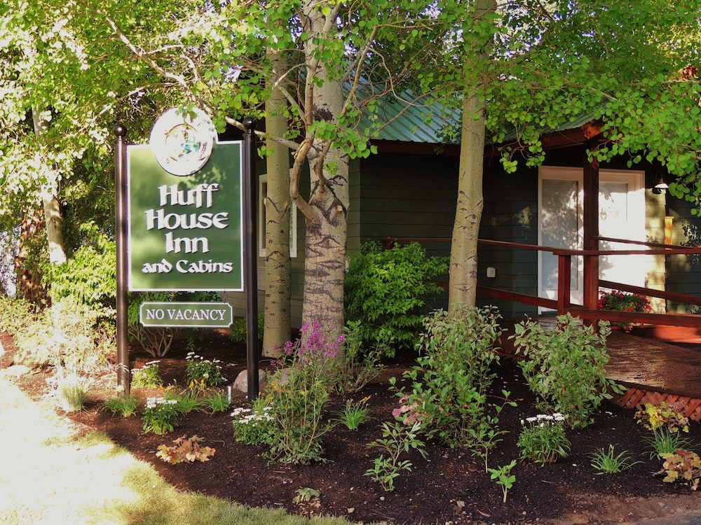 Huff House Inn