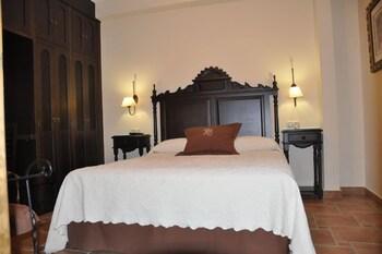 Apartamentos Turísticos Doña María la Brava
