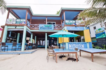 Sandbar Beachfront Hostel & Restaurant (Belize 537806 undefined) photo