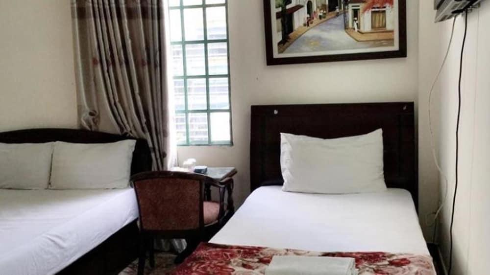 Tuong Hung Hotel
