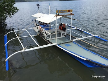 Discovery Island Resort And Dive Center Coron Boating