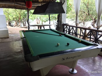 Discovery Island Resort And Dive Center Coron Billiards