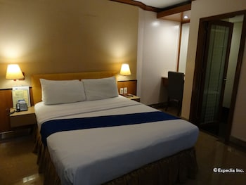 Blueberry Tourist Hotel Davao Guestroom