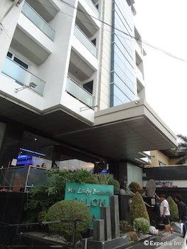 Blueberry Tourist Hotel Davao Hotel Front