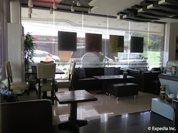 The Metropolis Suites Davao Dining