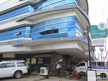 The Metropolis Suites Davao Hotel Front
