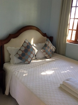 Flying Fish Resort Camotes Guestroom
