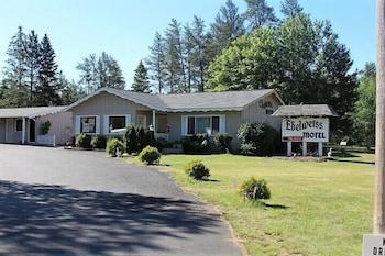 Edelweiss Motel in Hayward, Wisconsin