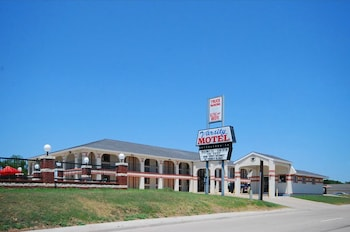 Photo for Varsity Inn Motel in Cameron, Texas
