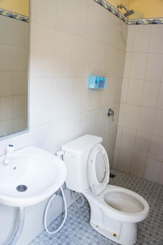 Bidadari Hotel - Bathroom  - #0