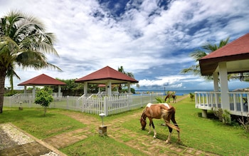 Anhawan Beach Resort Iloilo Property Grounds